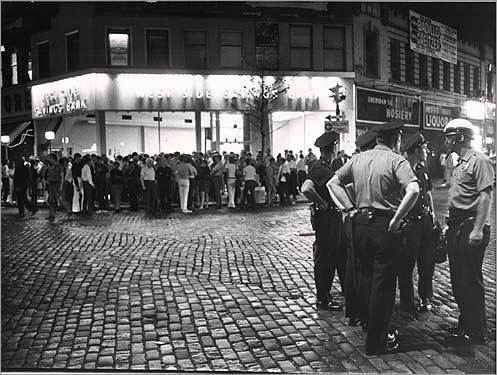 Stonewall riots in New York City, 28 juni 1969