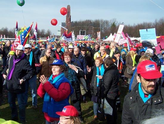 Ambtenaren protesteren op het Malieveld in Den Haag, 17 februari 2011