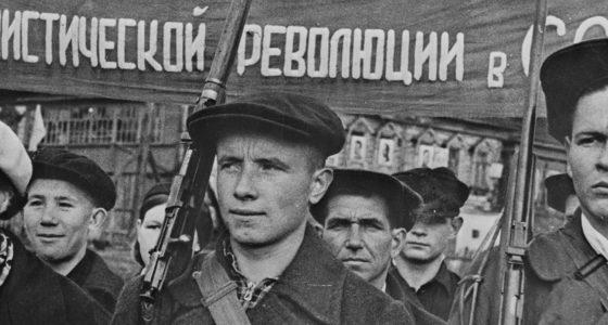 Revolutie van 1917: De lange hete zomer