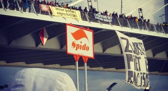 Verrassingsactie tegen Zwarte Piet in Rotterdam