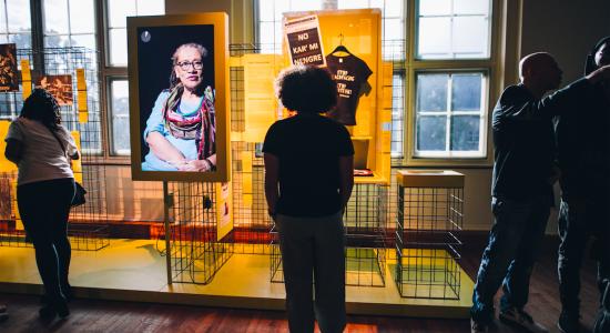 Het Tropenmuseum over het heden van het slavernijverleden