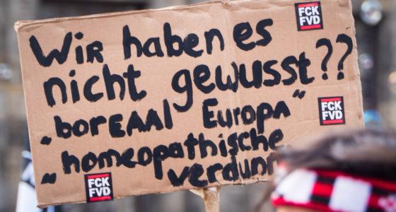 Ruim tienduizend mensen de straat op tegen fascisme en racisme