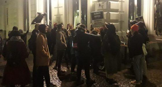 FvD-ers vallen antiracisten aan in Maastricht