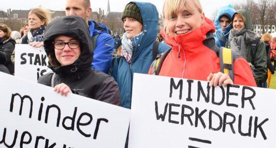 Stoppen met onbetaald overwerk lost werkloosheid in een klap op