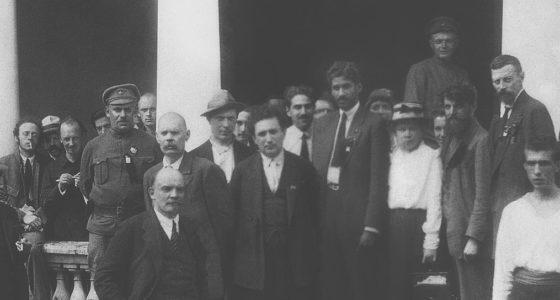 Honderd jaar na de geboorte van de internationale communistische beweging
