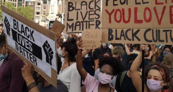 Duizenden op de been in solidariteit met opstand in de Verenigde Staten